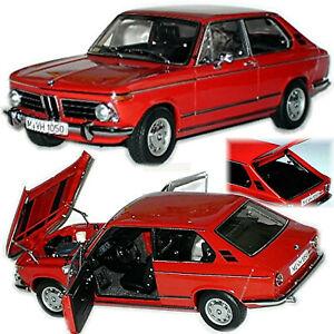 BMW Touring 2000 Type: E6 Hatchback 1971-1973 Granada Red 1:18 Autoart