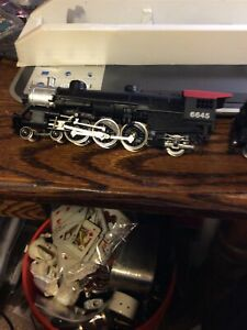 MODEL POWER  HO Scale Steam Locomotive with Tender 6645 Pacific 4-6-2