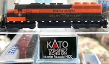 ***  Kato 176-3127 - GREAT NORTHERN - HUSTLE MUSCLE  # 400 - SD45  *** DCC