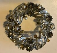 "Vintage Lisner Silver Tone Rhinestone & Pearls Circle Brooch 1 3/4"" Pin"