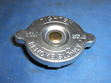 JAGUAR DAIMLER 7 LB RADIATOR CAP FITS MARK 2, E-TYPE & DS420 C18484