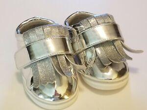 Sydney Jordyn KILTIE Silver Tassel Baby Shoes Size 3