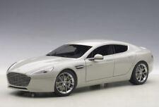 Aston Martin Rapide S`15 Fox Silber 1:18 Autoart