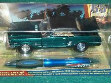 YAFA PEN & DIECAST 1965 FORD MUSTANG COUPE 1/32 GIFT SET