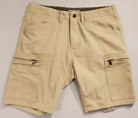 Charles and a Half Mens Cargo Shorts from, Size 33