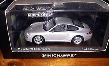 Minichamps 1/43 Porsche 911 Carrera 4 artiksilber 2005