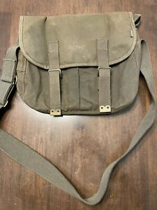 Barbour Thornproof Tarras Medium Waxed Messenger Bag New with Tag's