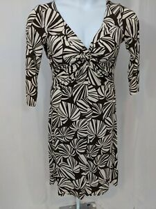 London Times Brown and White Stretch Dress Size 10