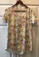 Lularoe Classic T Shirt Top Yellow Pink Gray Roses Floral Pastels Size Small LLR