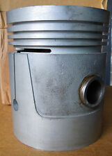 VINTAGE NOS CONTINENTAL  ENGINE PISTON PART # MS 13953-1 BOX DATED 1967