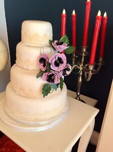 WEDDING CAKE LILAC SIDE SPRAY CRAFTED IN SUGAR, ANENOMIES PRICED TO CLEAR