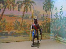 CBG MIGNOT = 1 GUERRIER EGYPTIEN AVEC SA LANCE ET SON BOUCLIER