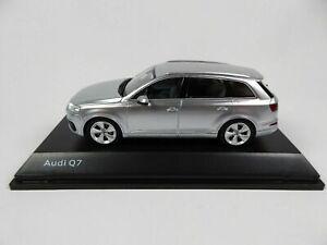 1/43 Audi Q7 Foil Silver Neuf Boite D'Origine Livraison Domicile