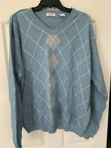 Izod Men's 2XL Light Blue Gray Argyle Pullover V Sweater Cotton  PRE-Owned  XXL