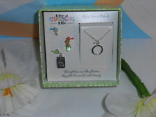 """I Live A Charming Life """"Daughters"""" Pure Silver Plated Chain + Charms NEW"""