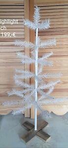 Gansfederbaum nach Vorbild aus 19. Jahrhundert in weiß mit Perle