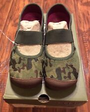 Women's Camo Print Shoes by Keen size 5