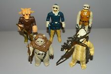 5 Vintage Star Wars Figures - Complete with weapons. Great condition. (Lot 1).
