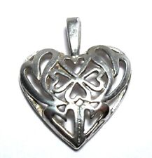 VINTAGE LOVE CELTIC STYLE HEART LOVELY FLOWERS STERLING SILVER 925 PENDANT CHARM