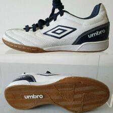 Boys Umbro Astro Turf Trainers Football Shoes UK 2.5 80467U-YVZ T487