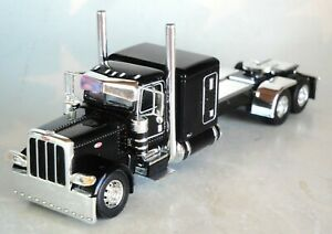 DCP BLACK  PETERBILT 389 63 SLEEPER CAB 1/64 60-0776 C