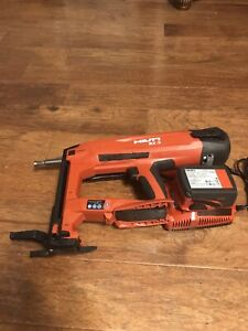 Hilti BX 3-ME 02 Battery Actuated Fastener nailler  22V with battery and charger