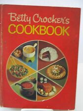 Betty Crocker's 1972 Red Pie Hard Cover Cookbook 17th Printing