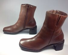 Women's Naturalizer Brown Leather Square Toe Zipper  Fashion Ankle Boots Sz.7.5