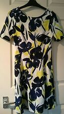 new with tags Next short while floral stretchy dress size 6