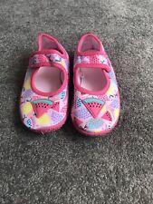 Tu Girls Swim Shoes Size 9