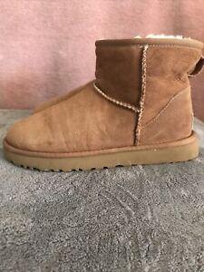 UGG Chestnut Mini Boots Uk Size 6