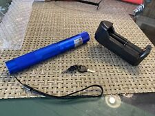 Green Laser Pointer with rechargeable battery and charger Star Cap Beam Light