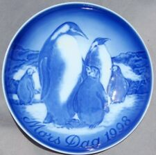 Bing & Grondahl 1998 Mother's Day Plate Penguin Mothers with Young - New in Box