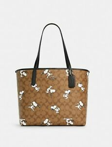 NWT Coach X Peanuts City Tote In Signature Canvas / Snoopy Key Chain