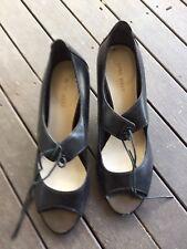 Ladies Cute Black Open Toe Kitten  Heel Shoes By Nine West - Size 8.5M - Used