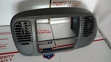 1997-2003 Ford F-150 Navigator Expedition Dash Radio Bezel Tirm Panel Vents GRAY