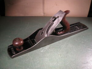 ANTIQUE OLD VINTAGE STANLEY WOODWORKING TOOLS NO. 6 FORE PLANE SOLID SHAPE.