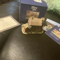 Lilliput Lane House SCHOOL DAYS American Landmark Series In Box With COA VTG