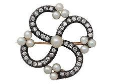 CHANEL Fashion Brooches