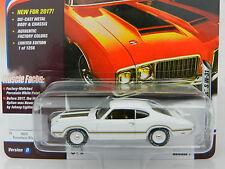 2017 Johnny Lightning *MUSCLE CARS USA R1D* White1970 Olds Cutlass S W-31 *NIP*