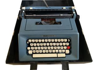 Macchina da scrivere Olivetti Studio 46 Funzionante Vintage Anni 70 Con Custodia