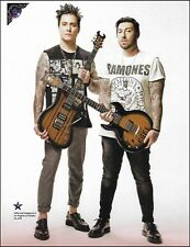 Avenged Sevenfold Synyster Gates Zacky Vengeance Schecter Guitars pin-up photo 3