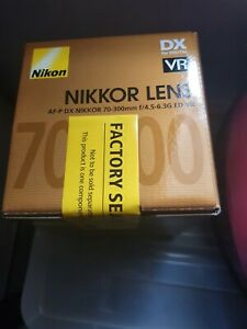 Nikon AF-P DX NIKKOR 70-300mm f/4.5-6.3G ED VR Camera Lens - Brand New