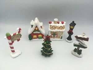 Christmas Decoration Bundle Festive Street Scene 6 Piece Candy Lane Ornament Set