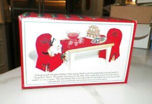 NABCO MUFFY VANDERBEAR GRAND VANDERBEAR MANOR COVERED BOX WITH TRAY NIB