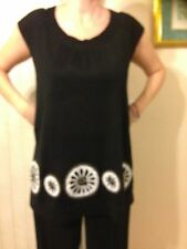 DKNY New York ~ Black 100% Linen Loose Knit Floral Embroidered Tunic/ Top ~ Sz.M