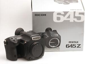 Pentax 645Z Gehäuse 51,4 Megapixel Digitalkamera  nur 4011 Auslösungen