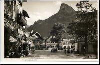 Oberammergau Bayern Postkarte 1934 Partie am Dorfplatz Café Personen alte Autos