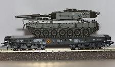 Trix H0 24211-01 Schwerlastwagen der DB mit Leopard-Panzer Neu