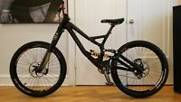 "S-WORKS DEMO 8 LARGE 26"" L SPECIALIZED SAINT DT SWISS MANITOU DORADO PRO"